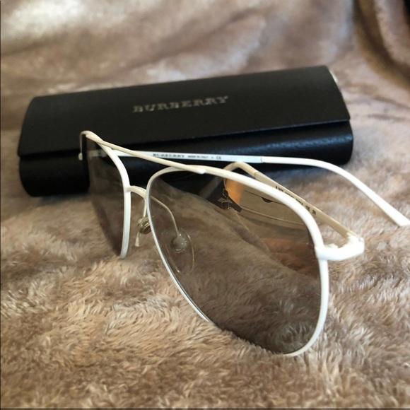 dd1f00d3e250 Burberry Accessories - BURBERRY Reflective Lens Aviators